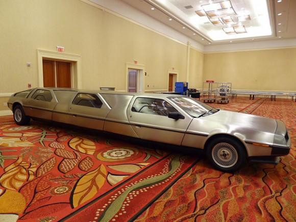 DeLoreanLimo2-580x435